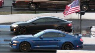 Tesla vs American Muscle Cars – drag racing